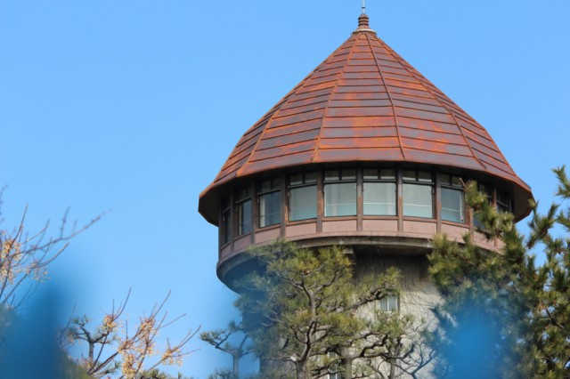 東山給水塔のアップ -東山給水塔-